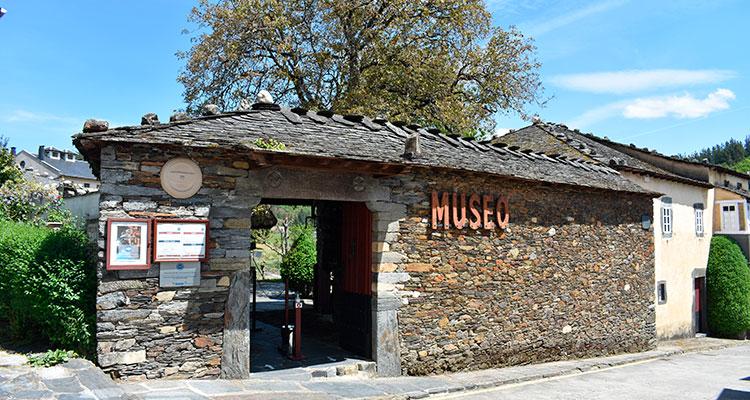 "Museo de Grandas de Salime ""Pepe el Ferreiro"""