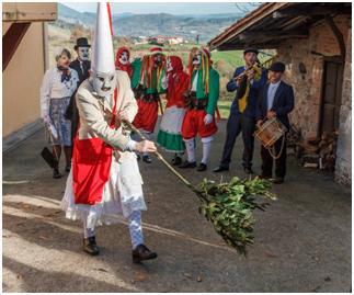 El Museo acoge la muestra ¡Vuelven los aguinaldeiros! en torno a las mascaradas de invierno